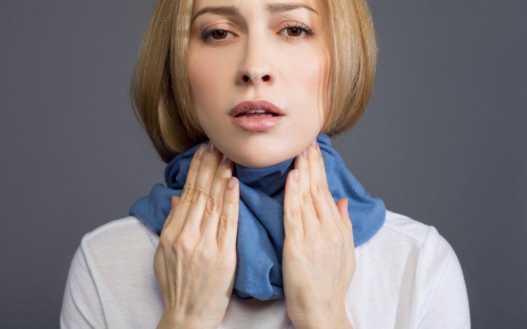 10 techniques pour faire passer un mal de gorge